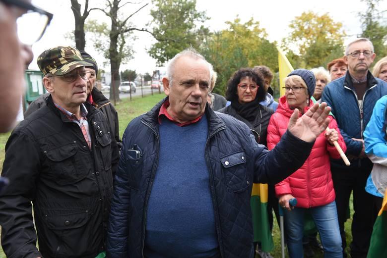 Roman Karkosik nie dostanie działek po Elanie. Prezes ROD zwycięstwa nie doczekał: zmarł na covid-19