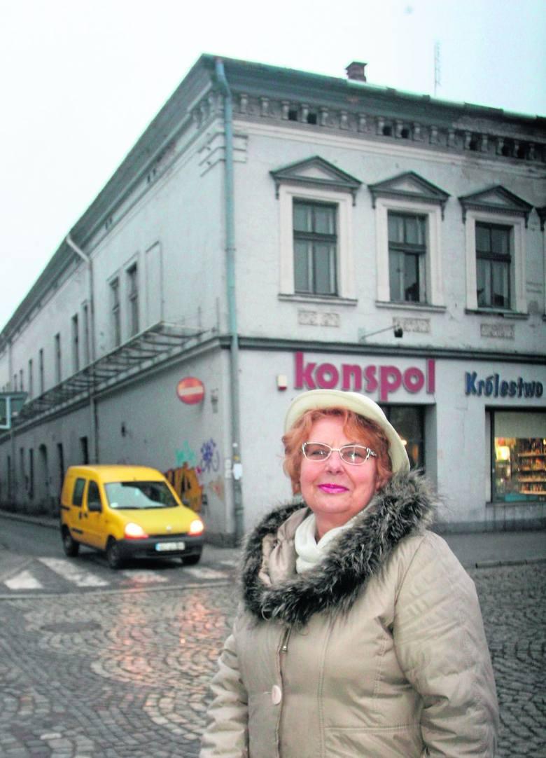 Bogusława Sarnecka uważa, że pasaż handlowy z kawiarenkami i ciekawymi sklepikami ma szansę ożywić centrum Nowego Sącza
