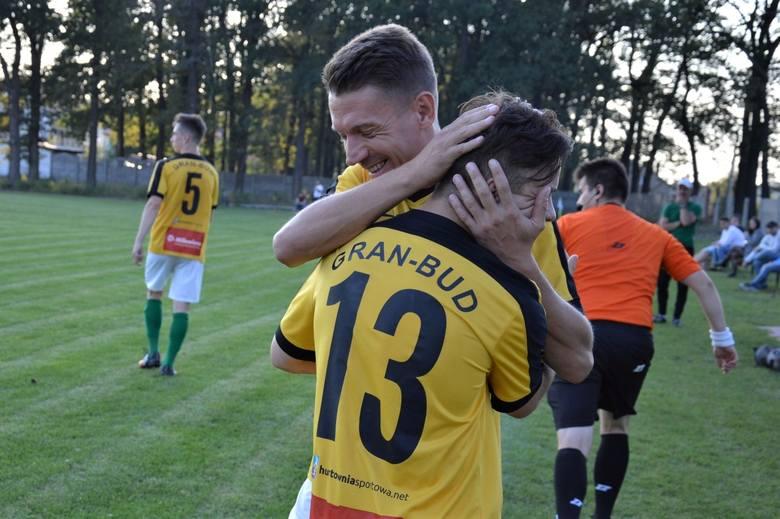 Piłkarze Lechii Zielona Góra w 2. rundzie regionalnego Pucharu Polski pokonali Odrę Nietków 5:1.