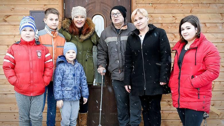 Wczesną wiosną 2019 roku ekipa wyremontowała mieszkanie rodziny z Ninkowa w gminie Borkowice (powiat przysuski). 37-letnia Małgorzata Targiel z czwórką