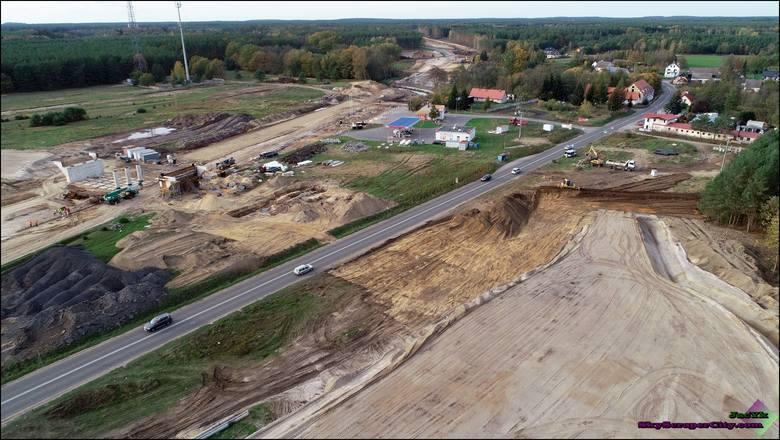 ZDJĘCIA z budowy drogi S3 na odcinku Miękowo-Brzozowo
