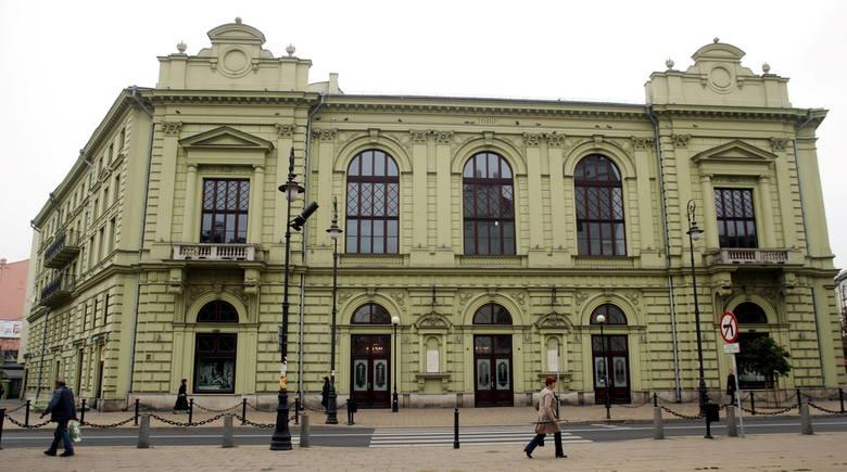 Teatr Osterwy prosi widzów o wędkarskie, składane taborety