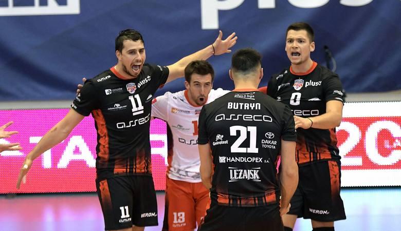 GKS Katowice - Asseco ResoviaWynik meczu 2:3 Sety: 15:25, 18:25, 25:19, 25:22, 7:15Małe punkty: 90:106