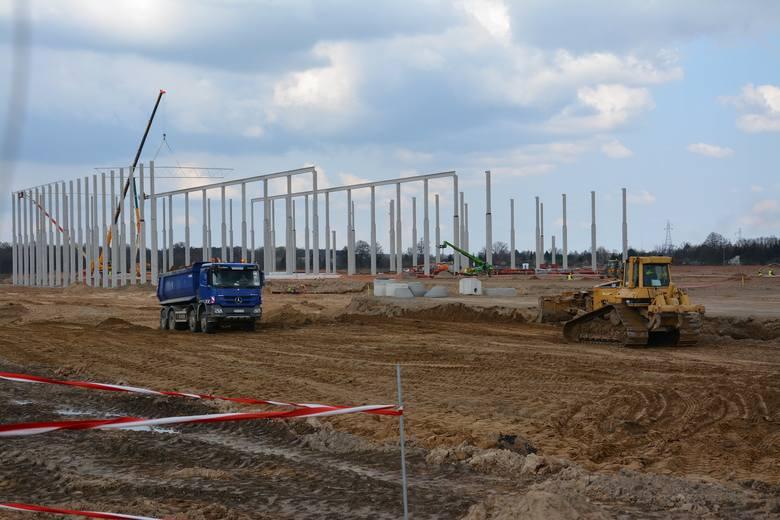 Planowane wstępne uruchomienie zakładu przewidziane jest na przełomie jesień/zima 2022/2023. Ale nabór pracowników już się rozpoczął...