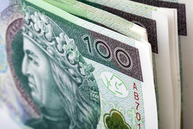 Zarządzanie finansami domowymi to umiejętność, która wymaga dobrego przygotowania i pewnej wprawy.