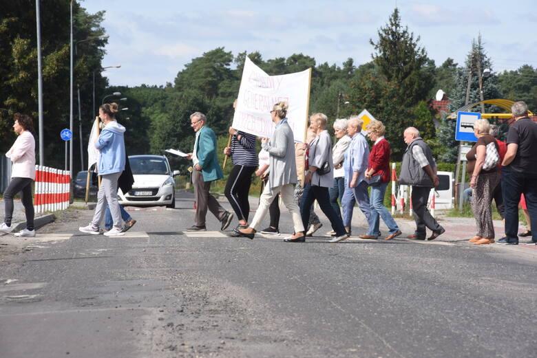 Mieszkańcy zawady protestują ws. ul. Szkolnej