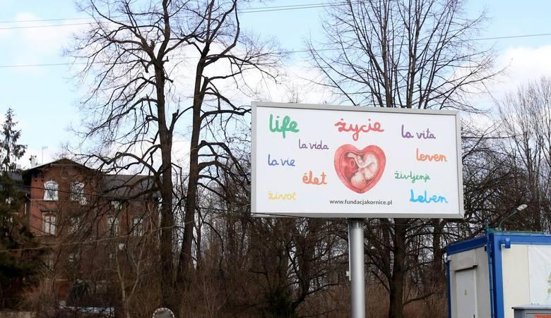 Kampania na ulicach śląskich miast.Zobacz kolejne zdjęcia. Przesuwaj zdjęcia w prawo - naciśnij strzałkę lub przycisk NASTĘPNE