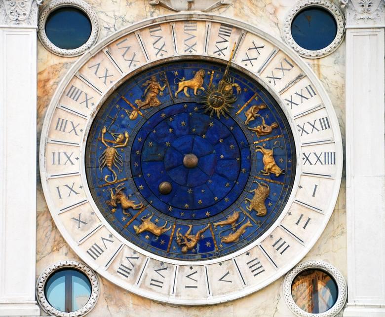 Horoskop miesięczny na październik 2018. Jak przygotować się do października? Co gwiazdy chcą nam przekazać w tym miesiącu? Przedstawiamy horoskop na