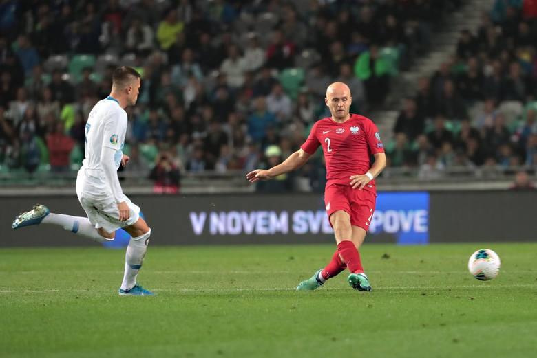 Ukarany za błędy w Słowenii? Tak przynajmniej odbieramy jego nieobecność w kadrze na mecze październikowe. Jest przecież zdrowy i w lidze tureckiej gra