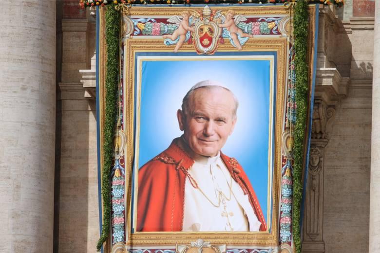 W Lipienicach w województwie pomorskim chcą nazwać rondo imieniem Jana Pawła II. Jest sprzeciw Lewicy