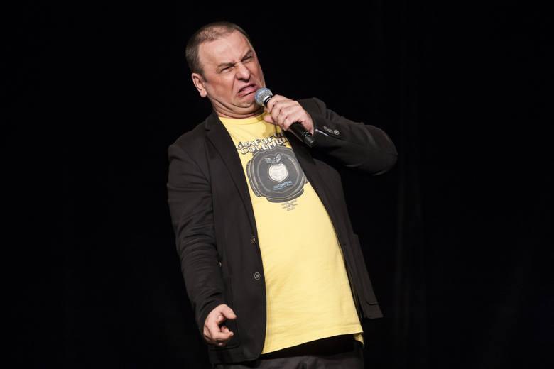 Grzegorz Halama rozbawi publikę Sulęcin. Halama, komik, aktor komediowy, parodysta i muzyk stworzył wiele postaci, m.in. słynnego pana Józka, hodowcę