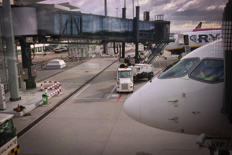 W październiku 2018 wrocławskie lotnisko obsłużyło ponad 280 tys. pasażerów. Ogromny wzrost odnotowały tanie linie, imponująco rośnie też ruch do największych