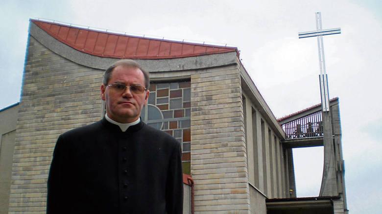 Ks. Dariusz Puchała, proboszcz parafii w Bolęcinie, jest gotów przyjąć około 250 pielgrzymów