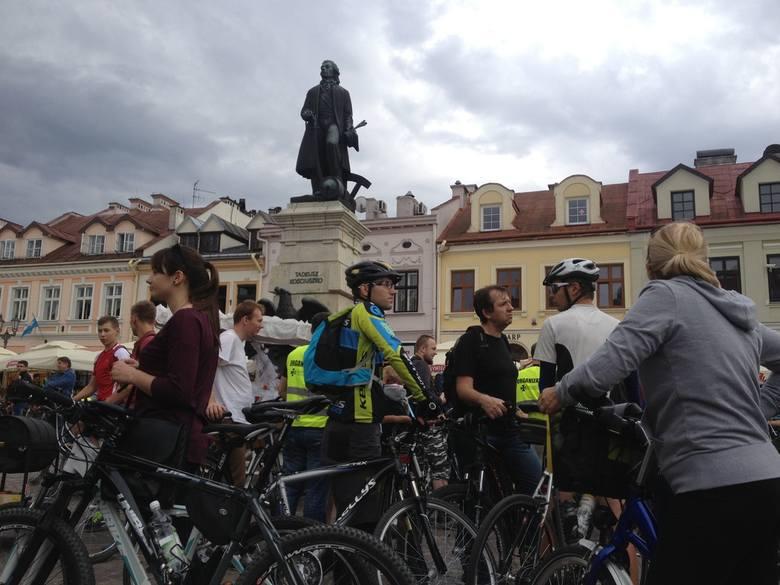 Z rzeszowskiego Rynku rusza protest rowerzystów