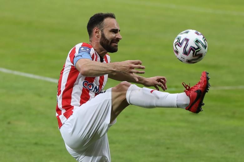 Grał w sezonie 2019/2020, 35 meczów, 12 goli. Obecnie: Legia Warszawa.