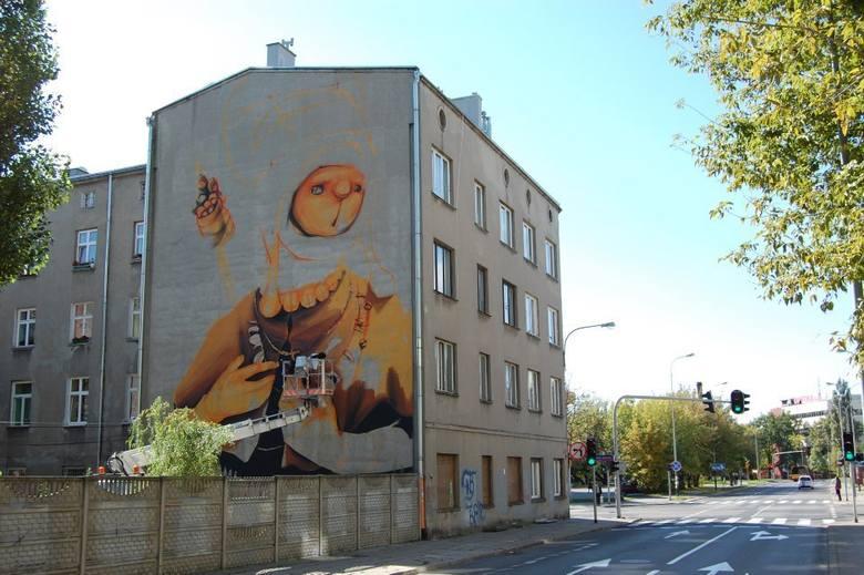 Mural Chilijczyka Inti to czwarte dzieło, jakie powstaje w ramach Galerii Fundacji Urban Forms.