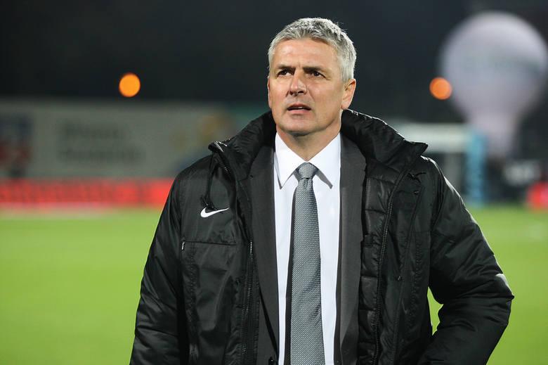 Pierwsza umowa trenera Dariusza Wdowczyka z Pogonią wygasała w czerwcu.