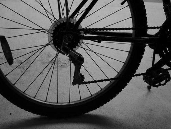 Nie żyje rowerzysta, który k. Ropczyc wpadł pod ciężarówkę