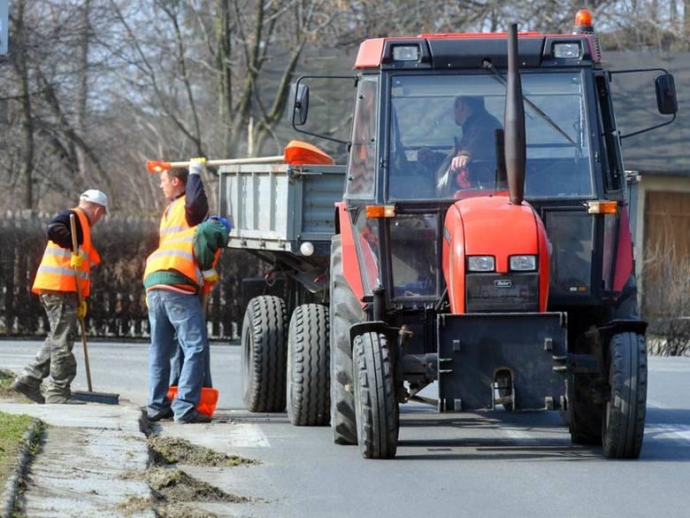 Trwa wiosenne sprzątanie na ulicach Krosna