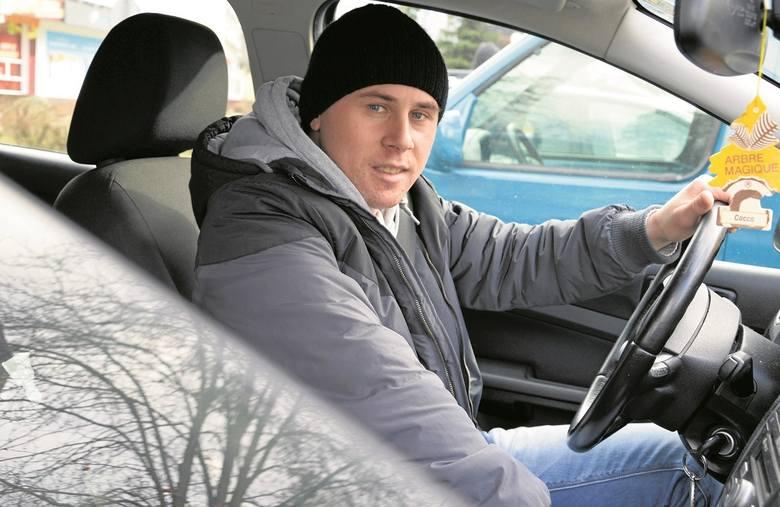 Kierowca Damian o licznikach czasu mówił nam w środę: - Jak dla mnie są pomocne. Ale zgadza się, niektórych mogą prowokować do ostrzejszej jazdy, by