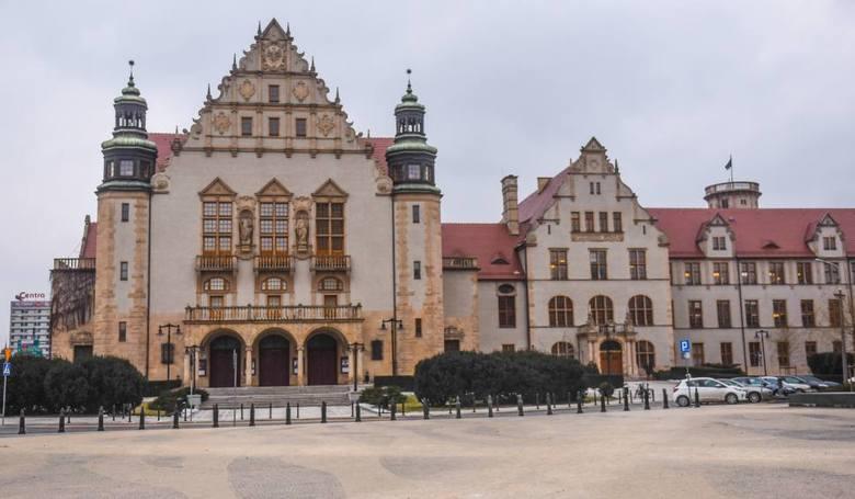 Sześć kierunków studiów oferowanych przez poznański Uniwersytet im. Adama Mickiewicza okazało się najlepszych w rankingu Perspektywy 2018.Ranking uwzględnia