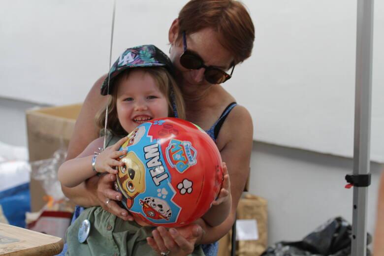 Charytatywna akcja w Tarnobrzegu: Podarowaliście nadzieję na pierwszy krok Marysi!