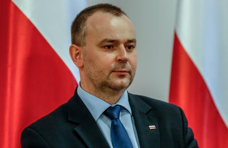 Wiceszef Kancelarii Prezydenta Paweł Mucha przekonywał na antenie Polskiego Radia, że według ekonomistów doradzających prezydentowi Andrzejowi Dudzie