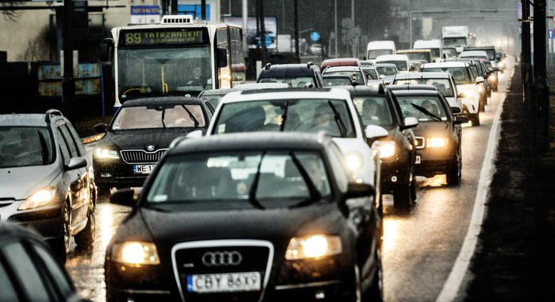 Na ulicach Bydgoszczy mamy coraz więcej samochodów. Zastanawialiście się kiedyś, jakie marki są najbardziej lubiane przez mieszkańców naszego miasta?