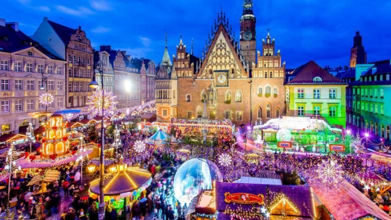 Najpiękniejsze jarmarki świąteczne w Polsce. Na jaki kiermasz bożonarodzeniowy warto pojechać?