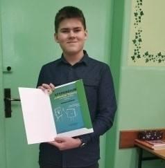 Adrian Komar - zwycięzca konkursu przedmiotowego z chemii