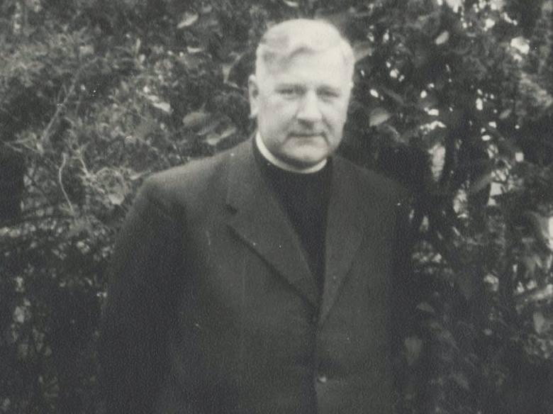 ksiądz Hugo Jendrzejczyk, proboszcz parafii Olesno w latach 1943-46
