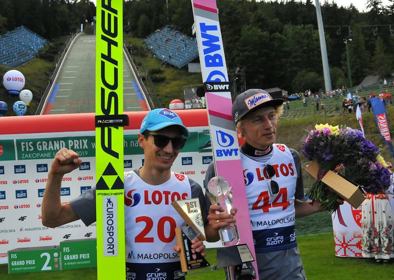 Kamil Stoch wygrał niedzielny konkurs Letniej Grand Prix w skokach narciarskich w Zakopanem. Drugie miejsce zajął Dawid Kubacki a trzecie Japończyk Yukiya
