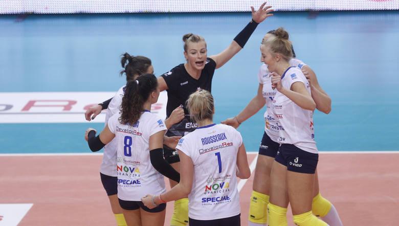 Developres SkyRes Rzeszów pokonał u siebie Pałac Bydgoszcz 3:1 w meczu 3. kolejki Ligi Siatkówki Kobiet. RELACJA Z MECZU