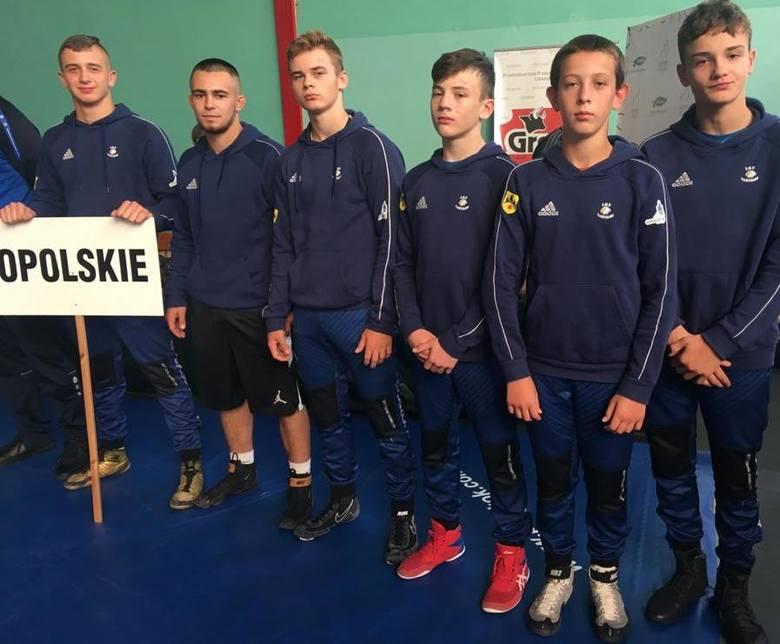 Zapasy. Pięć medali mistrzostw Polski juniorów młodszych dla Orła Namysłów
