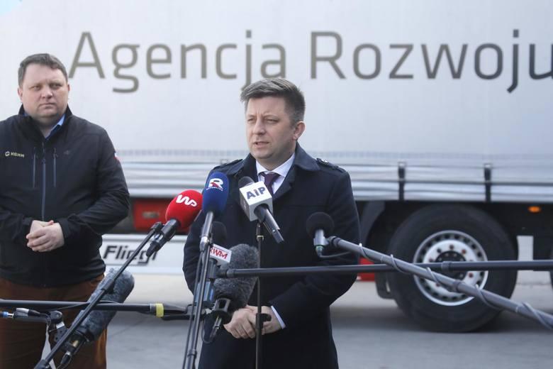 Koronawirus w Polsce i na świecie – raport minuta po minucie o informacjach dotyczących epidemii wirusa Covid-19 (26.03)