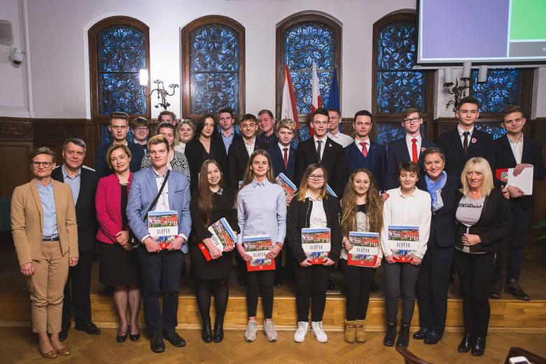 Młodzieżowa Rada Miejska w Słupsku  zainicjowała działalność