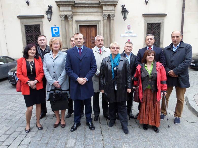 W piątek Łukasz Gibała, niezależny kandydat na prezydenta Krakowa, zaprezentował swoje listy wyborcze do rady miasta