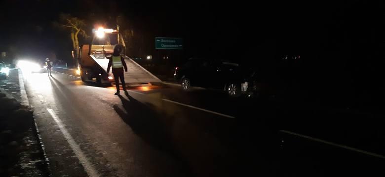 W niedzielę (12 stycznia) przed godziną 17 na drodze krajowej nr 25 w Borkowie (gmina Inowrocław) doszło do poważnego wypadku. Kierowca stracił panowanie