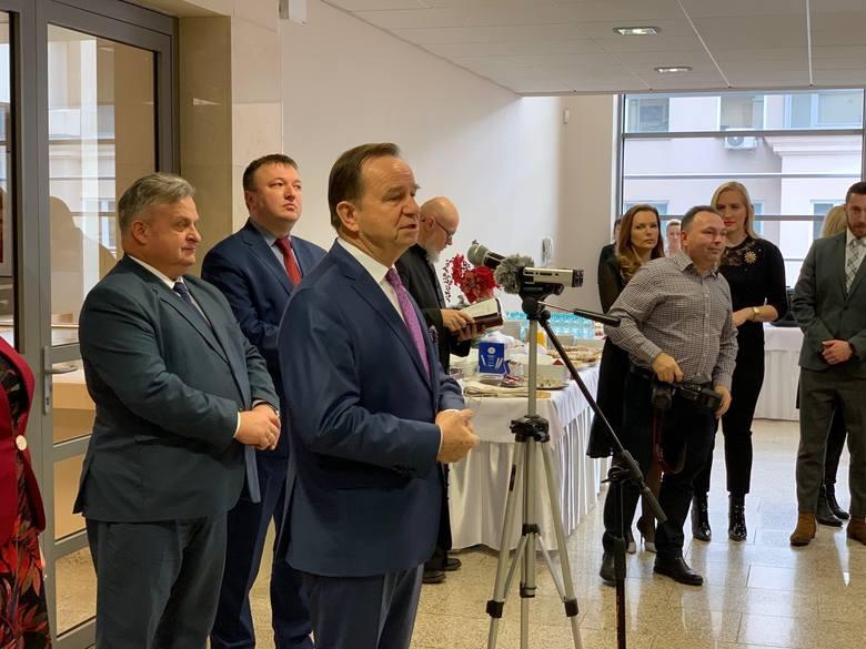 Władysław Ortyl, marszałek woj. podkarpackiego wraz z członkami zarządu województwa, spotkał się dziś z dziennikarzami podkarpackich mediów na tradycyjnym
