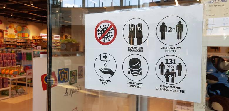 Mimo, że galerie handlowe zostały otwarte, obostrzeń związanych z handlem w galeriach i centrach handlowych jest tak dużo, że na razie nie ma mowy o