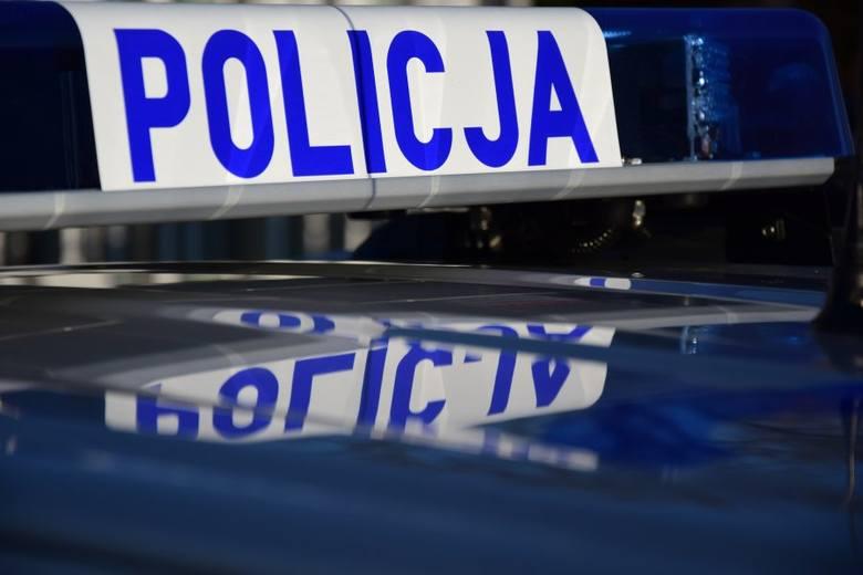 27-latek z Sandomierza groził 38-latkowi i próbował go potrącić audi