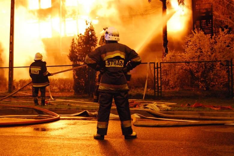 Pożar w Kamieniu Pomorskim. Strażak: Ratowaliśmy ludzi