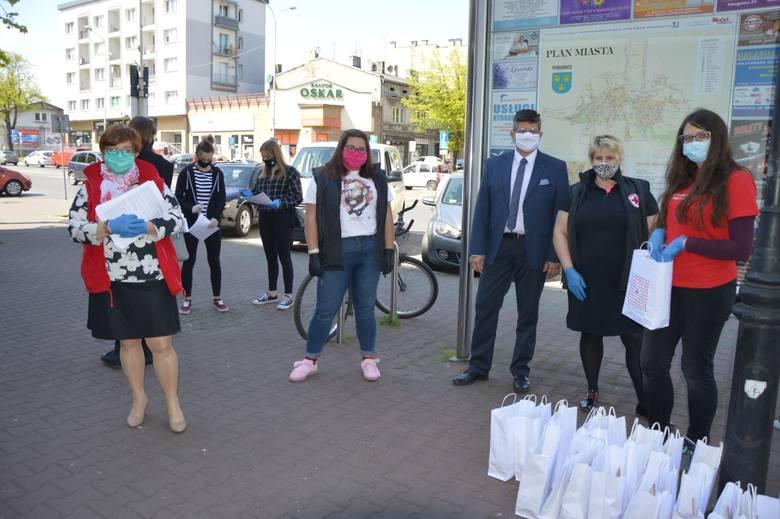 W Pabianicach oddali krew dla pracowników służby zdrowia ZDJĘCIA