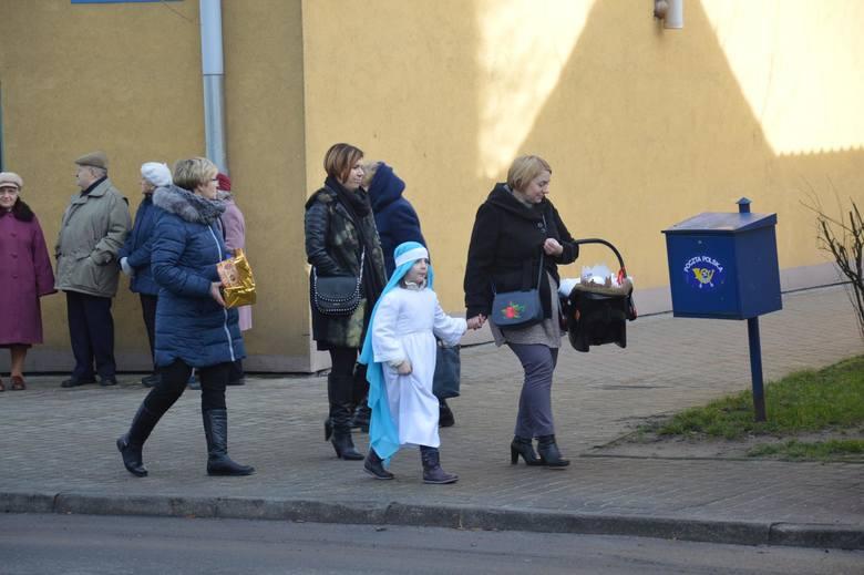 Orszak Trzech Króli 2018 przeszedł ulicami Łowicza [Zdjęcia]