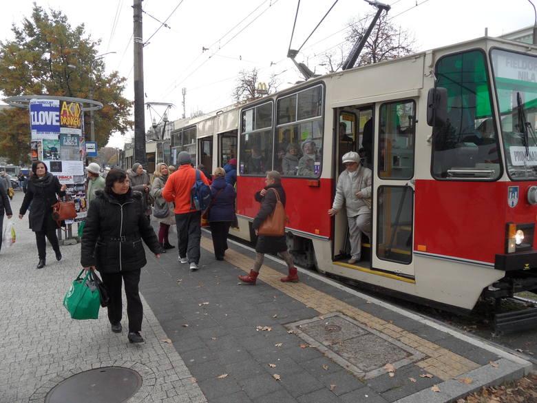 Tramwaje w Częstochowie jeżdżą na osi północ-południe. Są trzy linie