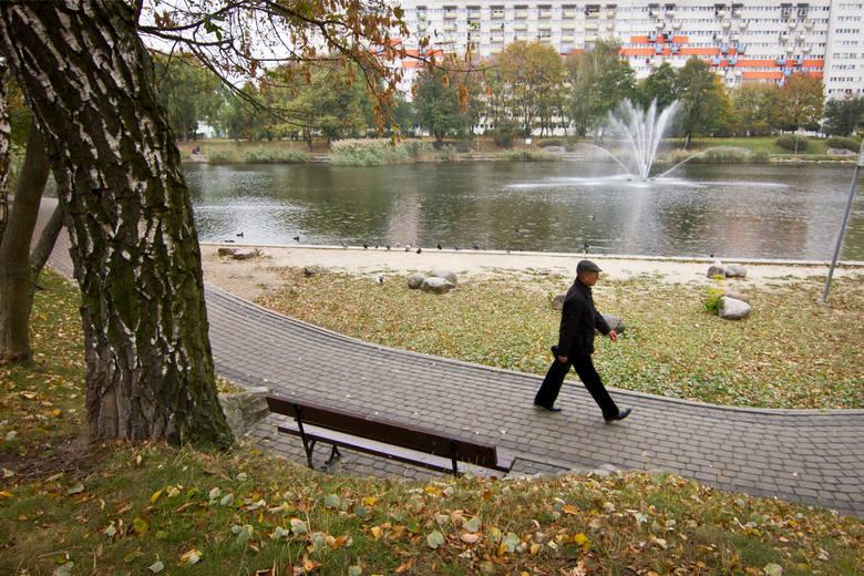 Badania wykonuje Wojewódzka Stacja Sanitarno-Epidemiologiczna w Bydgoszczy. - Prowadzone są badania mikrobiologiczne wody w zbiorniku wodnym Balaton,
