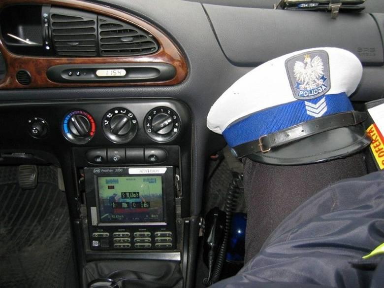 Kolejni kierowcy stracili w Łowickiem prawa jazdy za nadmierną prędkość