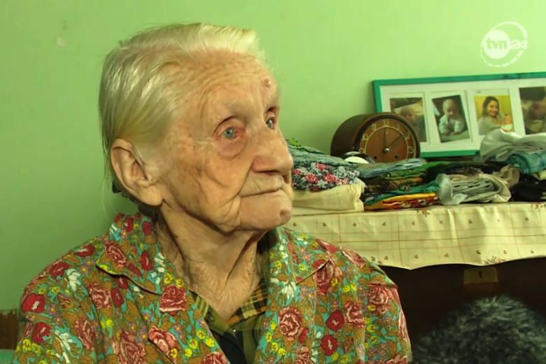 Babcia Ewa została okradziona przez oszustów. Poruszeni jej losem Polacy wpłacili już kwotę, która wielokrotnie przekracza skradzione pieniądze.