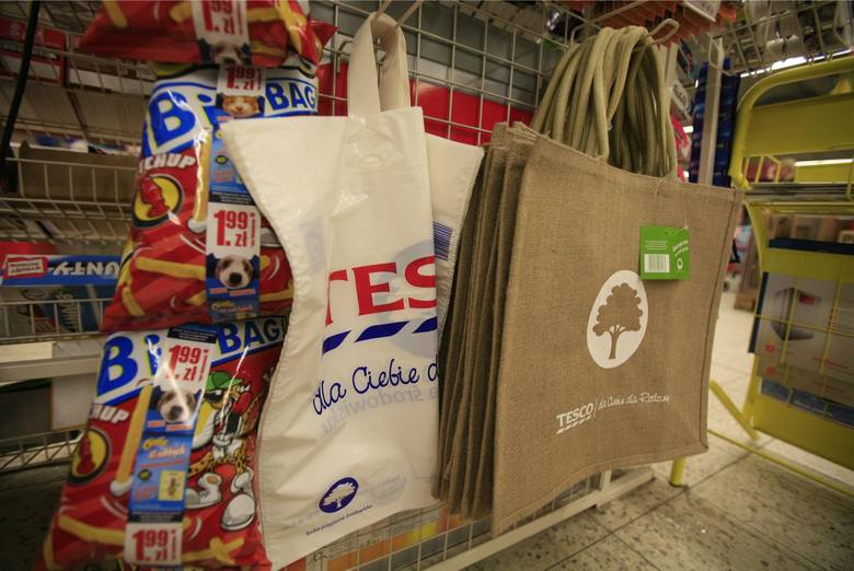 Kolejne zakupy będą droższe o opłatę recyklingową. Ile dopłacimy?