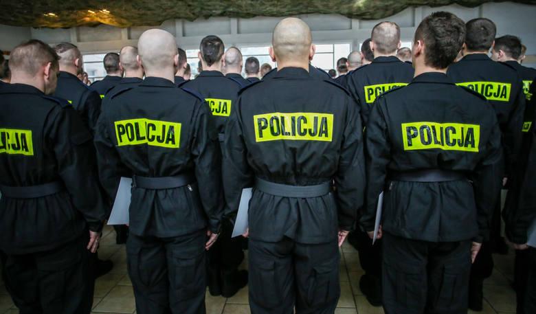 Oficer wrocławskiej policji zarzuca swoim przełożonym prześladowanie go za to, że nie godził się na łamania prawa, w tym na dyscyplinarki przeciwko kolegom.
